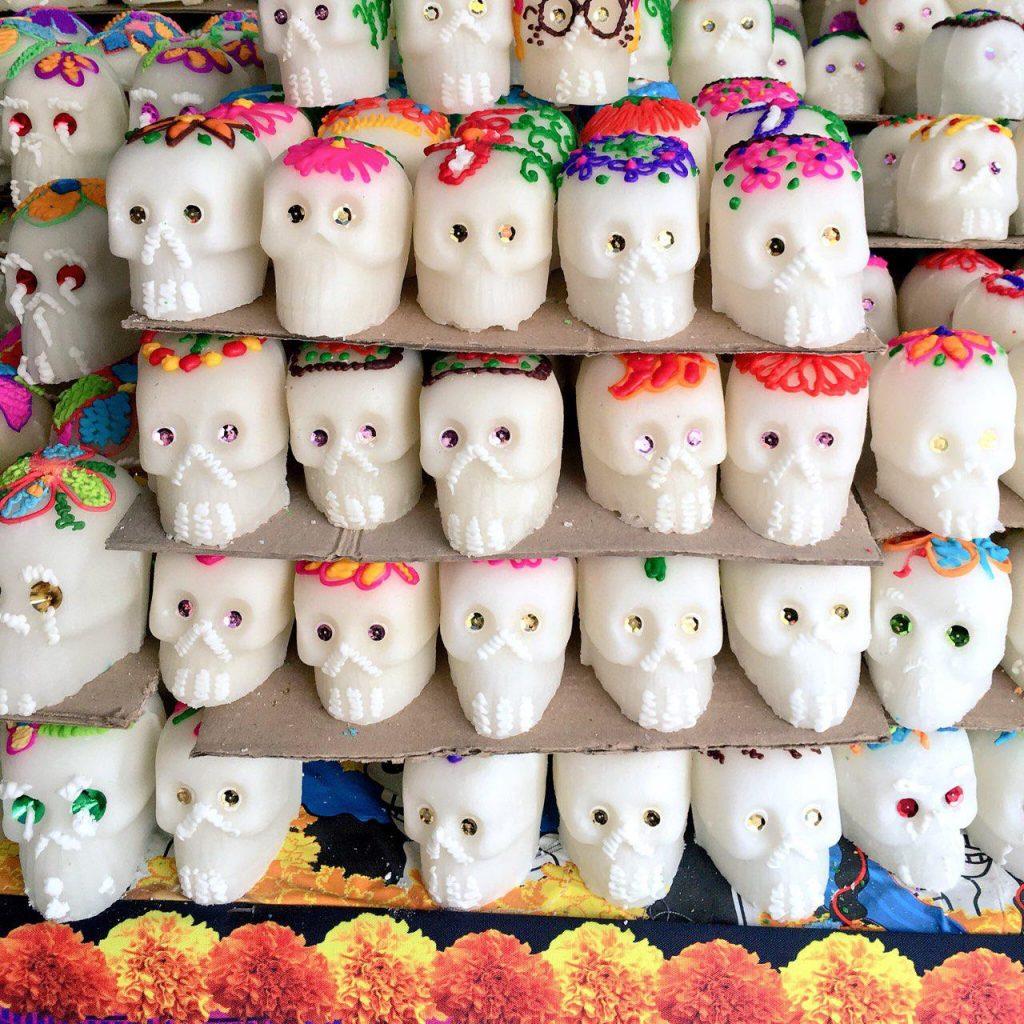 La Feria Del Cartón El Rincón Tapatío Para Día De Muertos